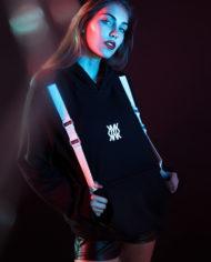 limited-adventure-hoodie-2017-b2